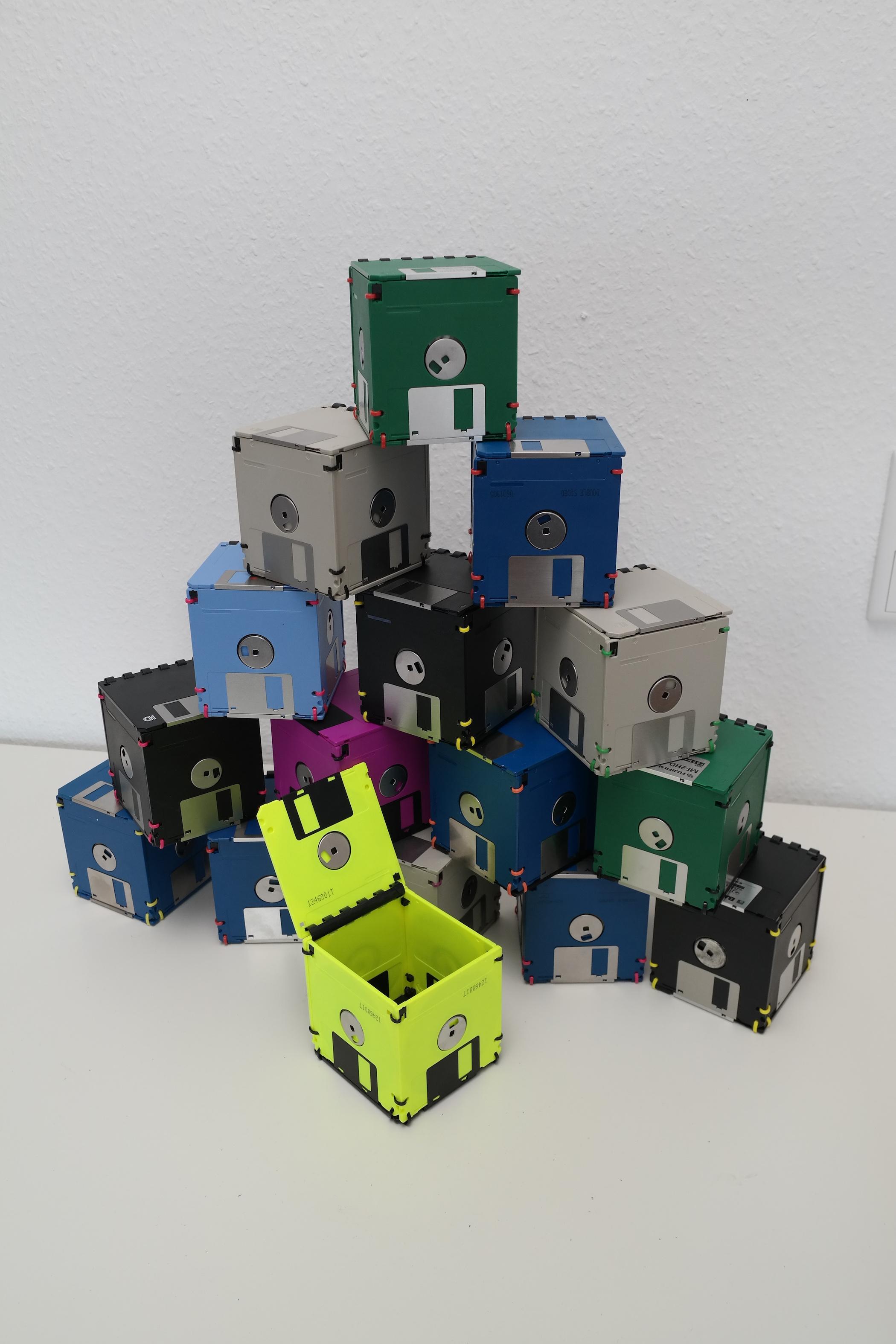 Disketten-Box mit Deckel