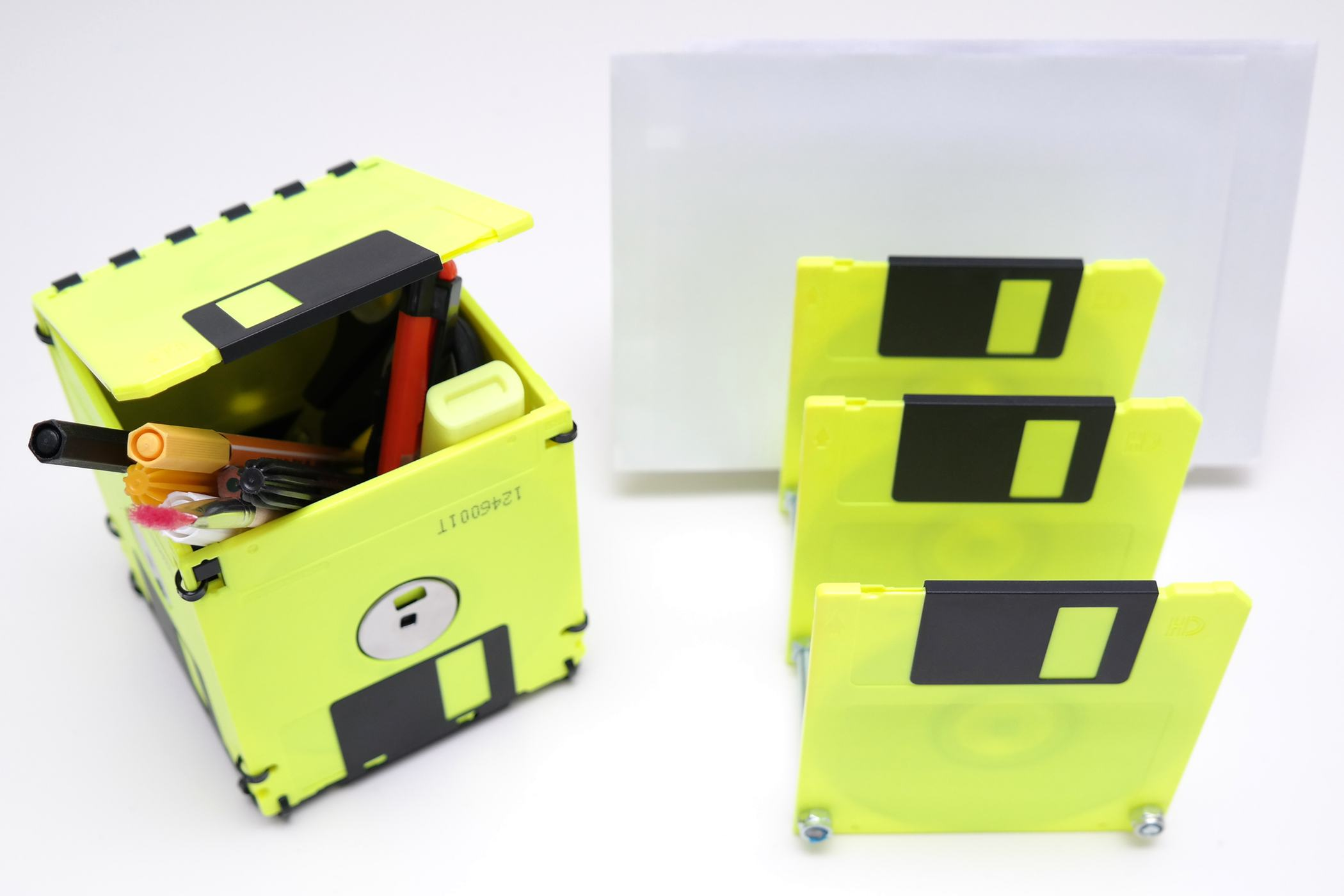 floppy fun3 5 zoll floppy disk set in neon gelb und. Black Bedroom Furniture Sets. Home Design Ideas