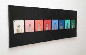 Farbige Floppy-Disks auf Leinwand
