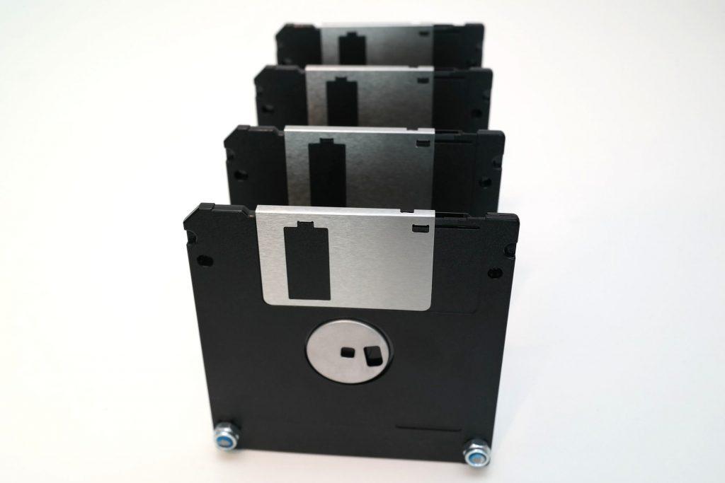 Floppy-Disk Briefsortierer, Ansicht von hinten