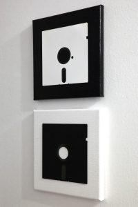 Floppy Disk Komposition in Schwarz und Weiß auf Leinwand